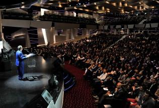 Sala teatro MSC Preziosa gremita durante il discorso del Presidente Cav. Patrizio Podini