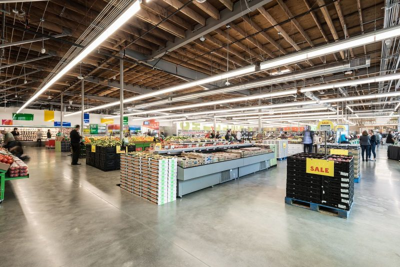 whole-foods1-800x534 (1)